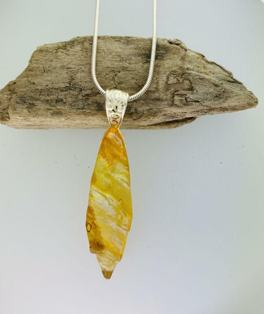 Amber granite – pendant