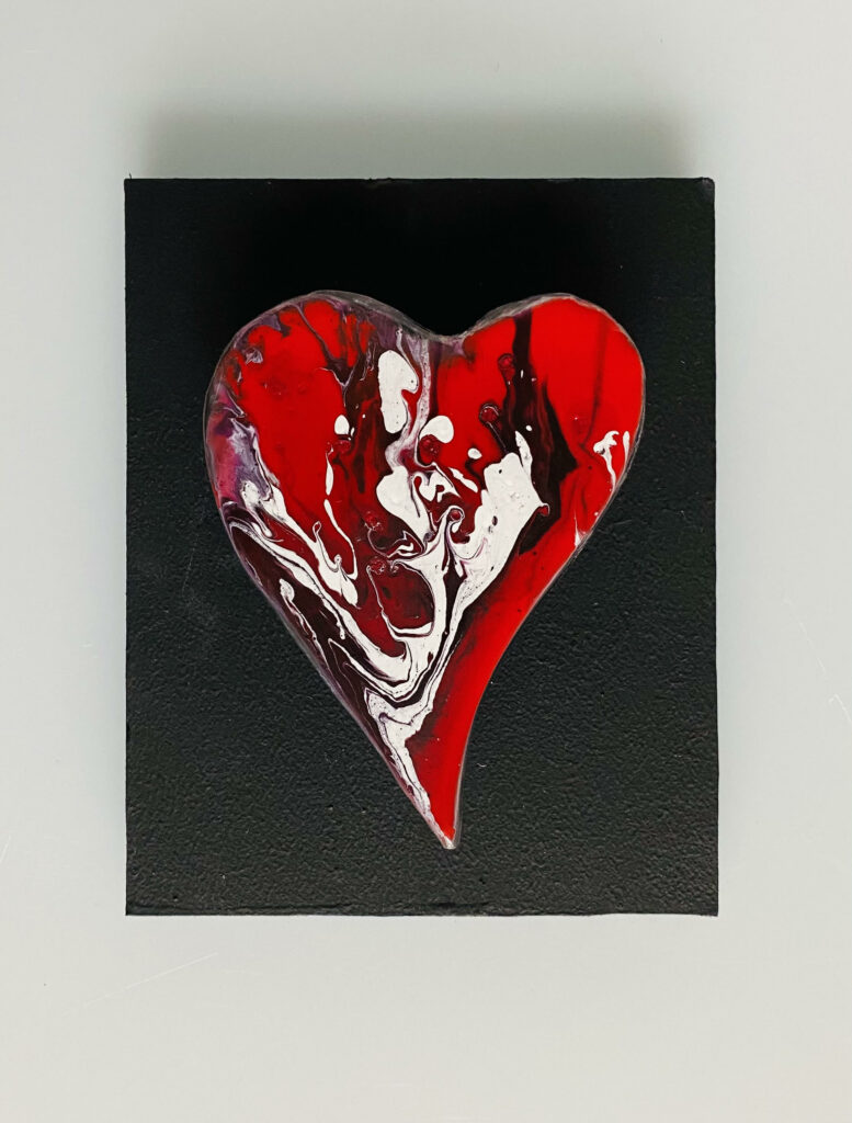 Marbled heart small wall hanging